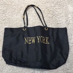 Handbags - New York Tote Bag